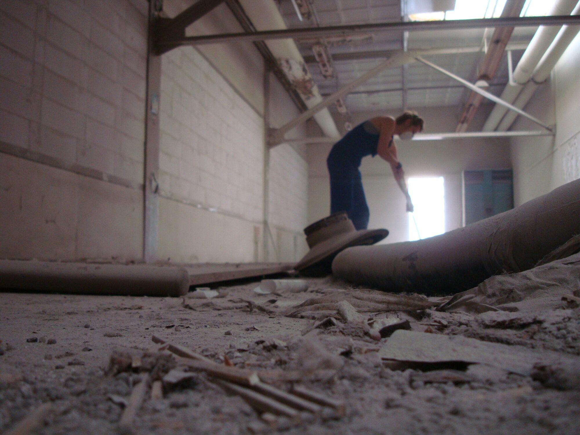 In de oude Kabelfabriek moest nog veel gebeuren toen we er onze intrek namen. Er was veel achterstallig onderhoud.